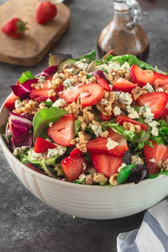 Strawberry Salad with Vinaigrette Dressing
