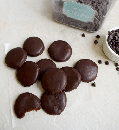 hocolate Mint Cookies tested from Pinterest that promise to be copycats of the Girl Scout Thin Mint recipe