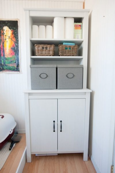 dwellbeautiful.com-linen-cabinet-organization-4