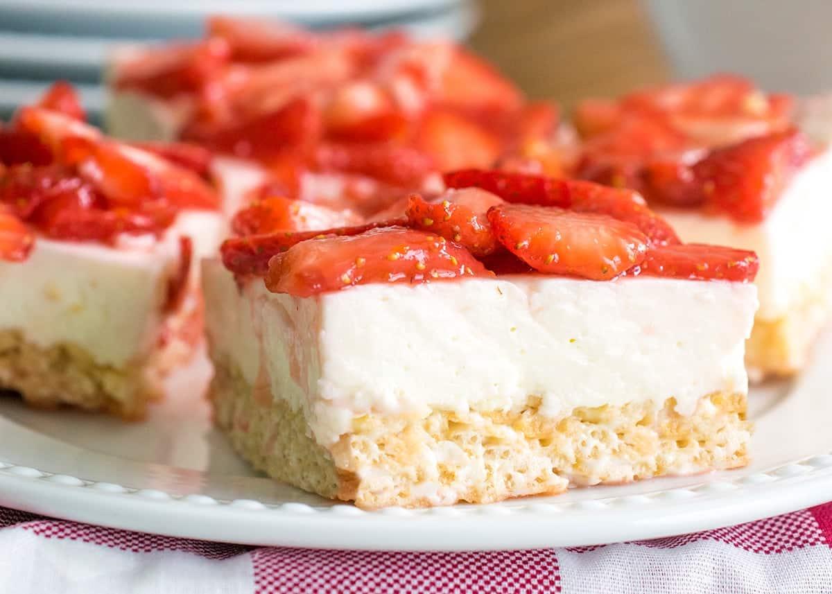 Strawberry Cheesecake Rice Krispies