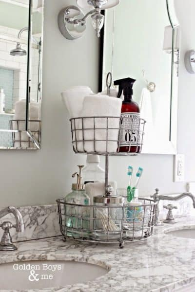 easy bathroom organization tray idea