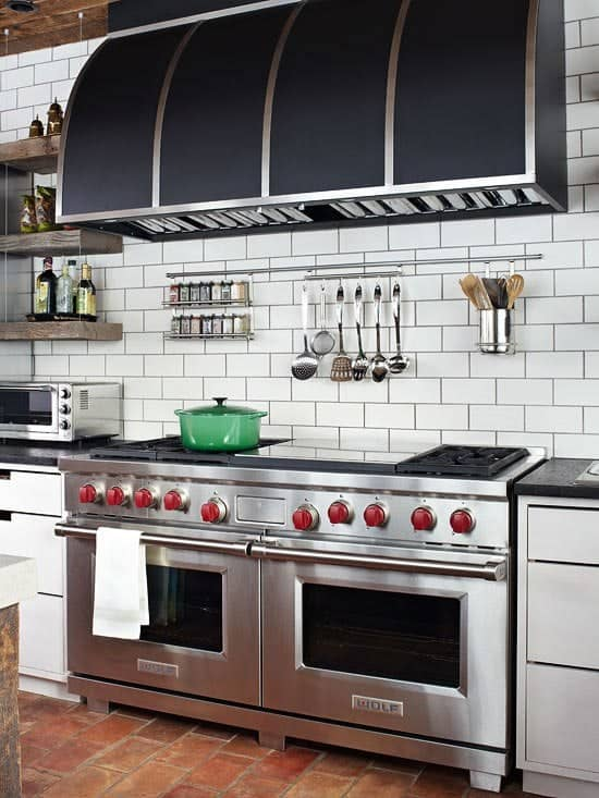 Modern Kitchen with subway tile that looks like brick pattern