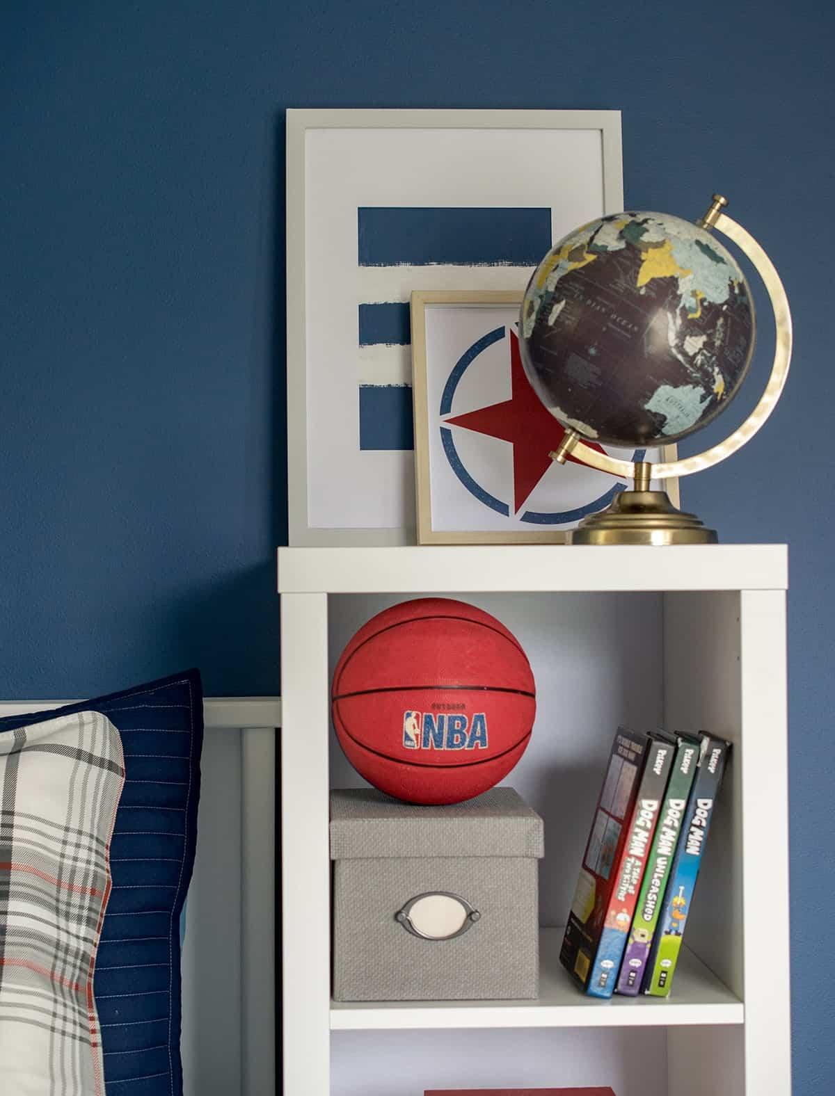 Book shelf storage idea for bedside in boys room.