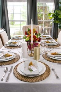 Thanksgiving Tablescape + Free Printable