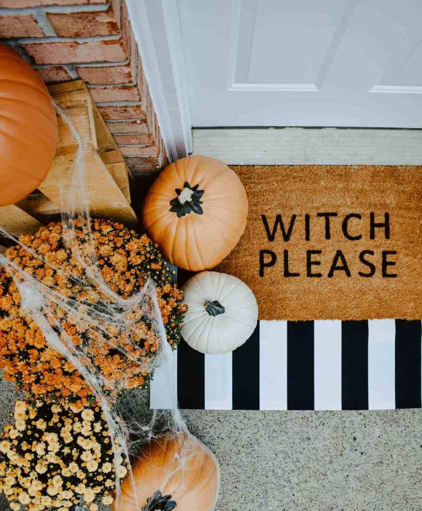 DIY Halloween Doormat Outdoor decorations.