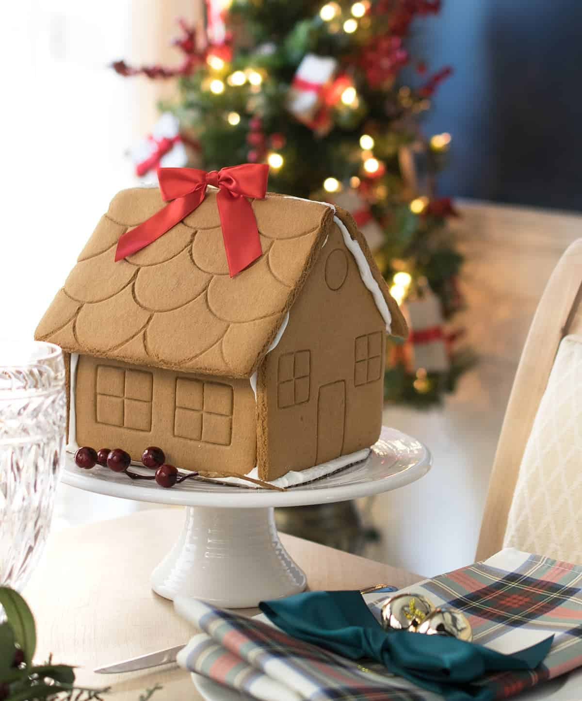 Christmas gingerbread Decor table centerpiece - Table Decorations Centerpiece with Plaid
