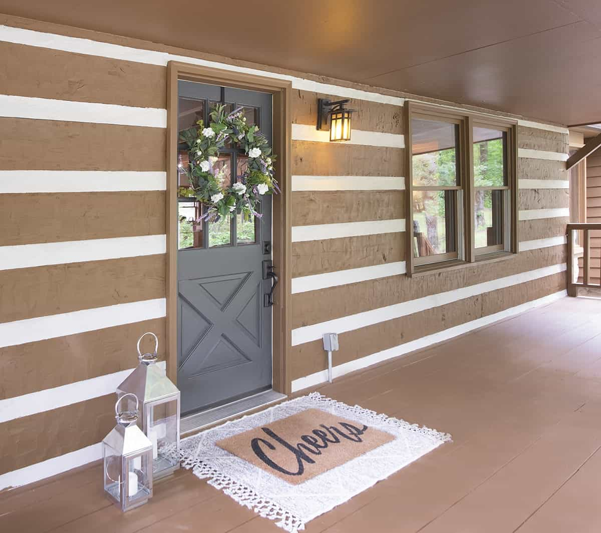Refreshed exterior log cabin mortar